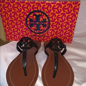 Tory Burch Sandals Size 7 Brand New with box